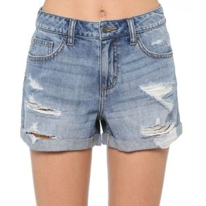 CELLO GREAT COND RIPPED DESTROYED MOM JEAN SHORTS
